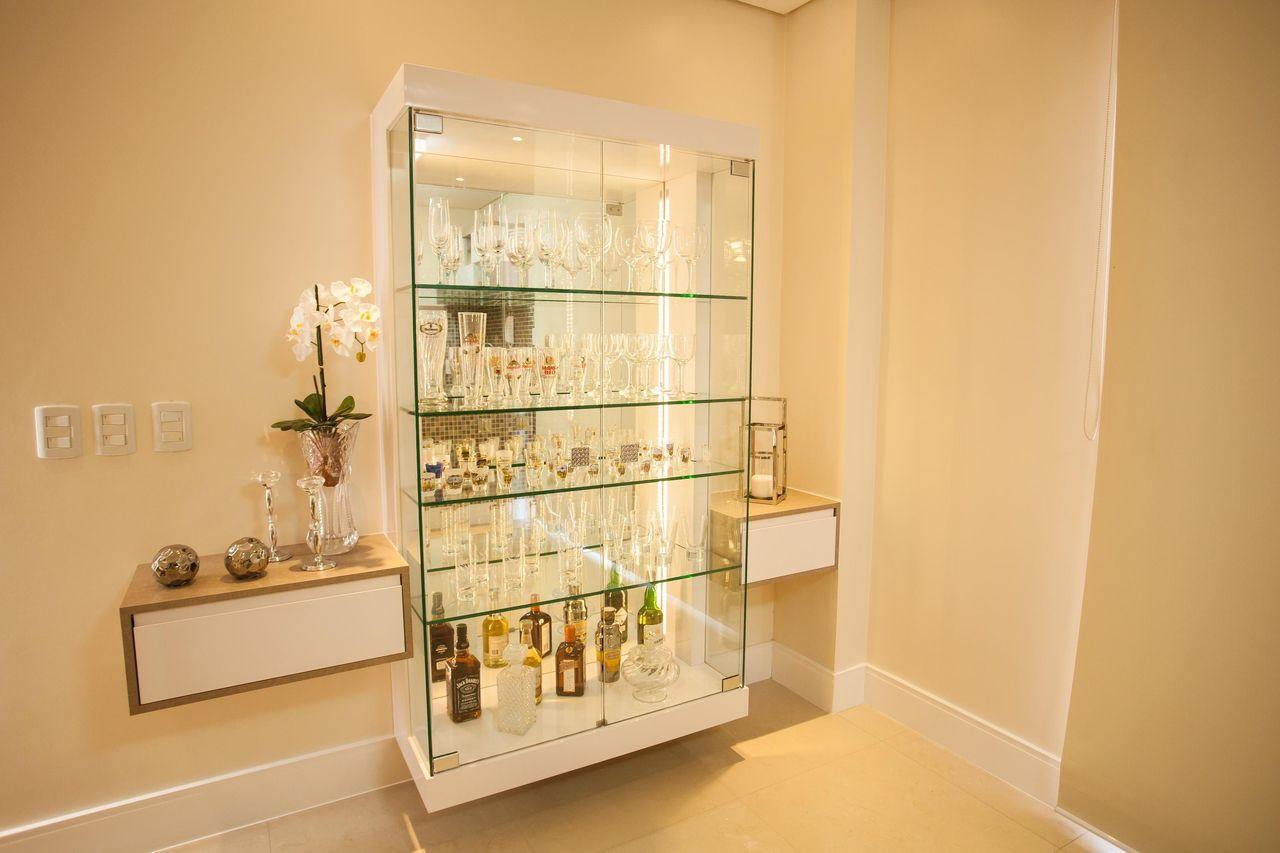 Como Decorar A Sala Com Uma Cristaleira De Vidro Ps Do Vidro