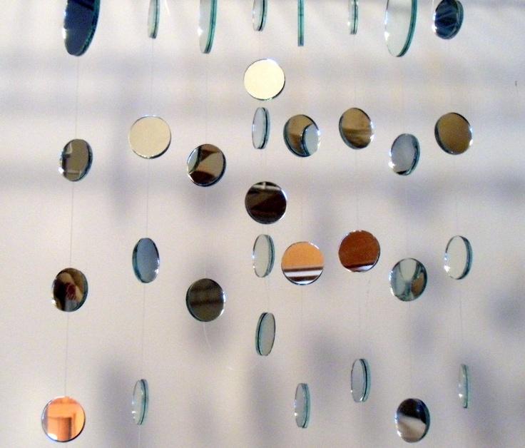 espelho em parede de festa