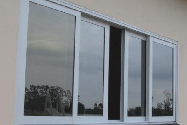 janela vidro laminado de correr