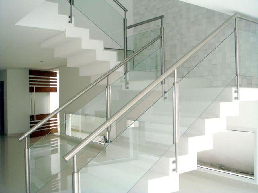 escada de vidro aluminio