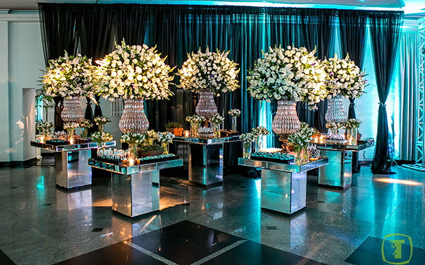 mesa espelhada decoração
