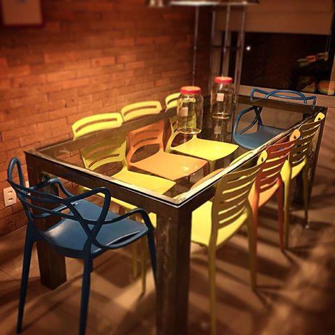 mesa de jantar de vidro - estilo rústico