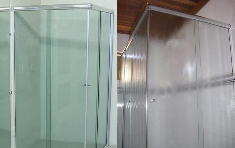 Box de vidro liso ou com textura?