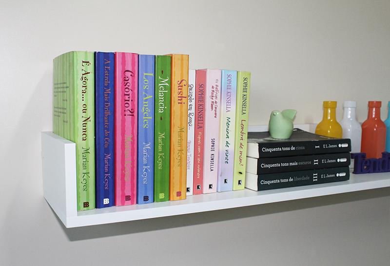 decoracao com livros em apartamento pequeno