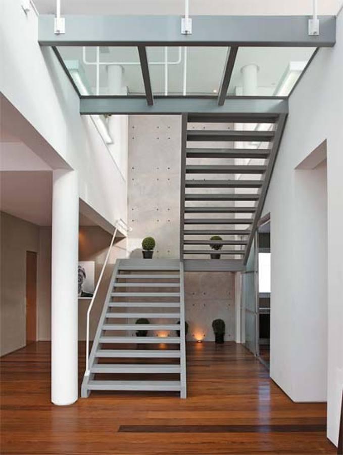 estrutura de piso com vidro laminado